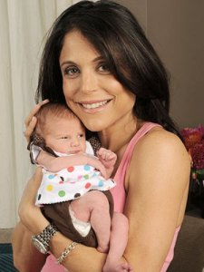 Image of Bethenny Frankel and newborn baby
